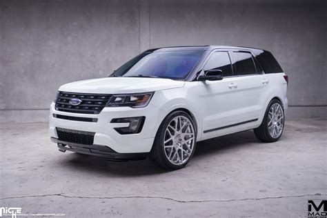 Cruising In Style With The Ford Explorer And Niche Wheels
