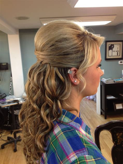 prom hair love  top      updo