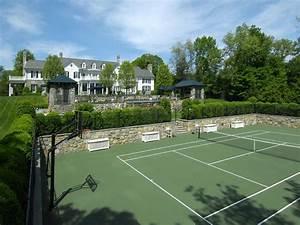 STYLISH HOME: Pool houses and tennis pavilions