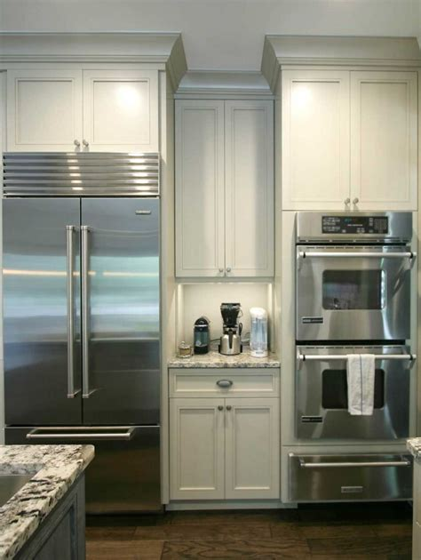 painted flat panel kitchen cabinets painted custom kitchen cabinets stainless steel