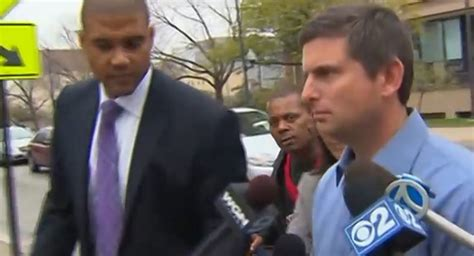 Illinois cop pleads guilty to battering drunk driving ...