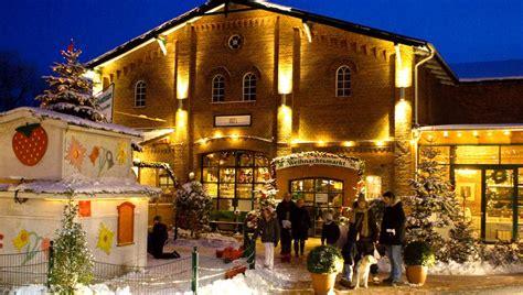Was Macht An Weihnachten by Delingsdorf Was Macht Die Erdbeere Eigentlich Zu Weihnachten