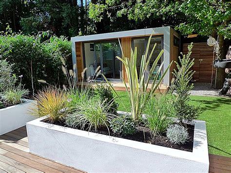 plants for a modern garden clapham and balham modern garden design decking planting artificial lawn grass hardwood privacy