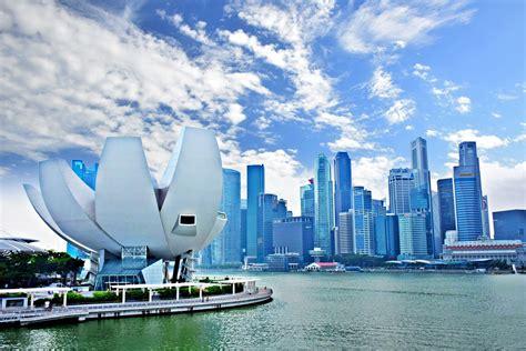 新加坡共和国, пиньинь xīnjiāpō gònghéguó, палл. Seasons in Singapore: Weather and Climate