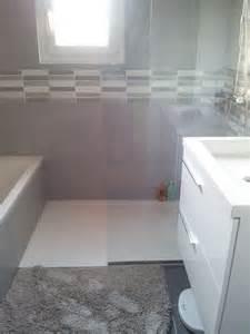 25 best ideas about salle de bain 4m2 on salle de bain en b 233 ton toilettes en bas