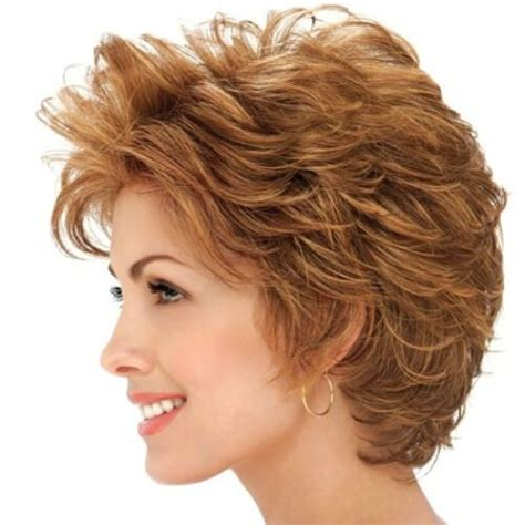 feathered haircuts for hair 10 fabulous feathered hairstyles for hair 2602