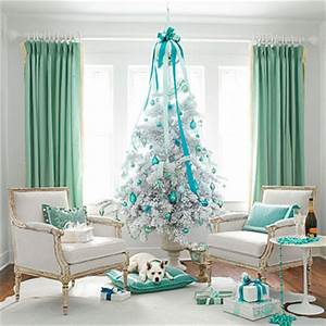 LiveYourStyle Christmas in White & Gold