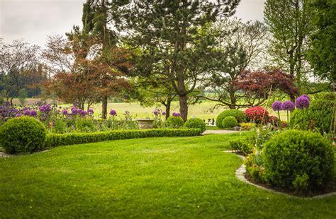 Englischer Garten by Gartengestaltung Englischer Garten Natacharoussel