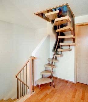Dachbodenausbau Treppe raumspartreppe dachboden ber ideen zu sambatreppe auf