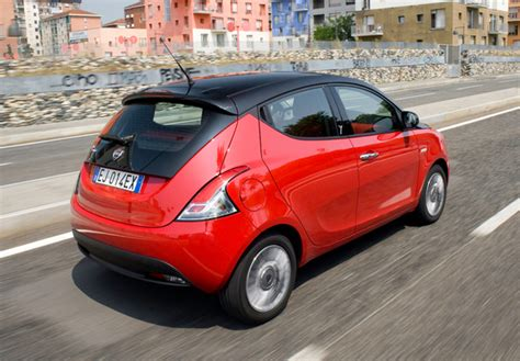 Photos of Lancia Ypsilon Black&Red (846) 2012 (1280x960)
