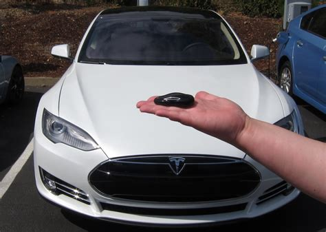 Tesla Model S P85d Car Key Fob Detail