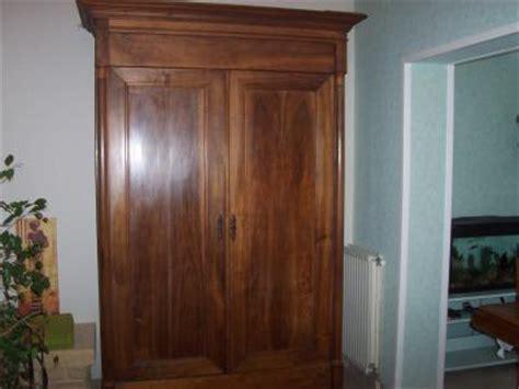 armoire ancienne en noyer pas cher meubles valence