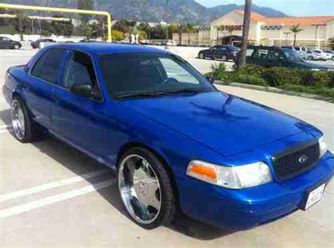 buy   ford crown victoria custom sweet ride
