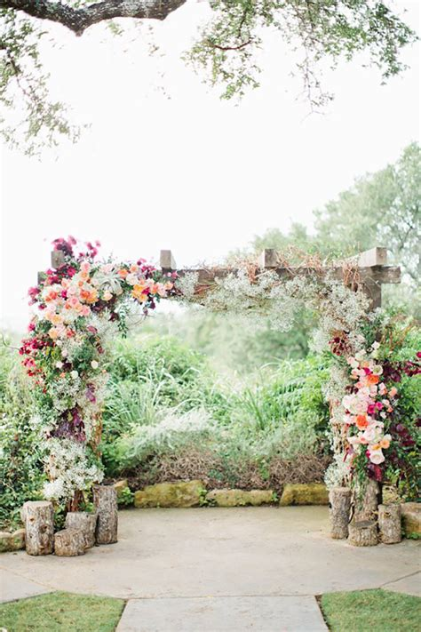 30 Best Floral Wedding Altars And Arches Decorating Ideas