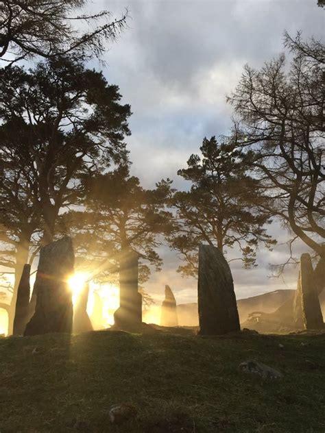 craigh na dun scotland outlander outlander series