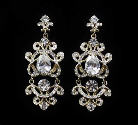 gold bridal chandelier earrings vintage style