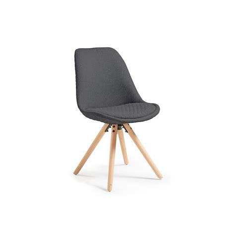 chaises scandinave chaise design scandinave pieds bois en tissu matty gris