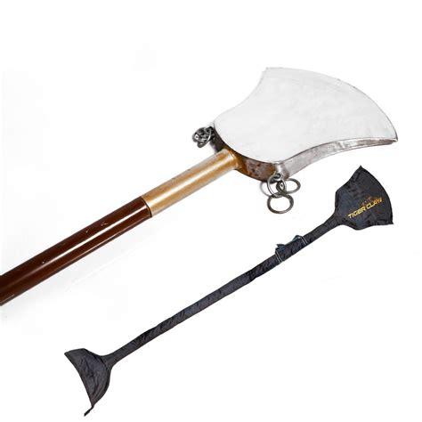 Long Weapon - <b>Monk</b>...