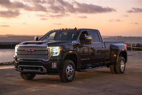 2020 Gmc Hd by Features That Set Gmc S 2020 Hd Denali Apart From