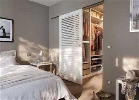 dressing dans la chambre déco chambre 10 dressing futés dans la chambre parentale