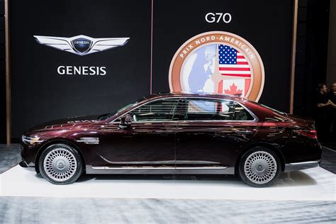 genesis   luxurious   motor illustrated