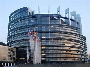Marea Britanie ramane in Uniunea Europeana, deocamdata ...