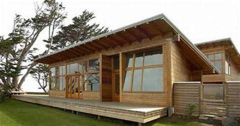 desain terbaru rumah semi permanen minimalis  kayu