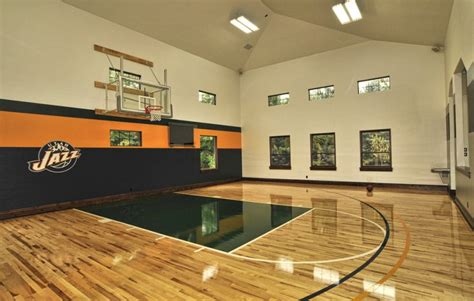 indoor basketball court healthy support   private