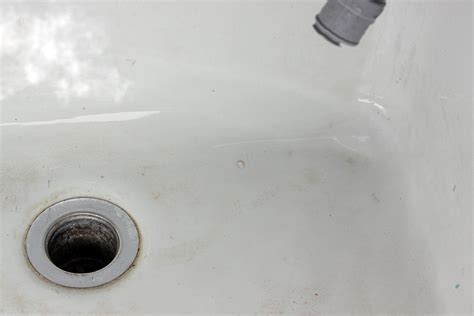 remove stains from porcelain sink how to clean stains in porcelain sinks bathtubs toilets