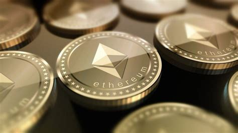 Unlike traditional currencies such as dollars, bitcoins are issued and managed without any central authority whatsoever: Bitcoin Billionaires Tyler and Cameron Winklevoss Hold a Substantial Amount of Ether | Cryptoglobe