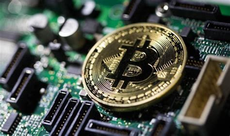 On may 18, bitcoin (btc) and the overall cryptocurrency market faced another round of selling as fud — fear, uncertainty and doubt — impacted investor. Bitcoin price falling: Why is bitcoin falling today? Will BTC fall below $1,000 in crash? | City ...