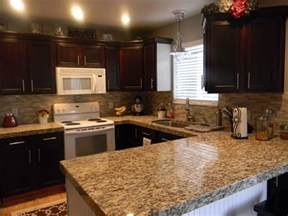 do it yourself duo a backsplash for your kitchen - Do It Yourself Kitchen Backsplash