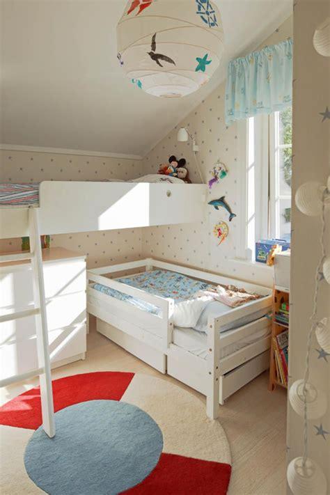 Kinderzimmer Junge Kleines Zimmer by Platzsparendes Kinderzimmer F 252 R 2 Kinder Kinderzimmer