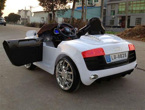Elektromos Autó  Elektromos Kisautó Gio Audi R8 Sport
