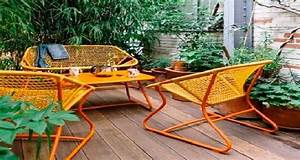 Mini Salon De Jardin : am nager un balcon et petite terrasse avec fermob d co cool ~ Teatrodelosmanantiales.com Idées de Décoration