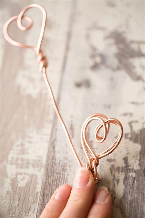 diy copper wire heart photo holder