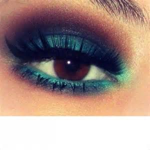 Gorgeous Makeup Ideas for Brown Eyes