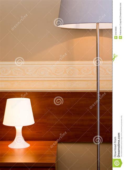 chambre brune les dans une chambre à coucher brune photo stock