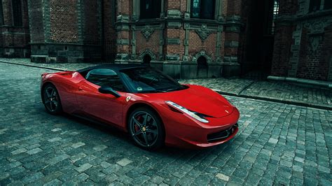 Sporty Ferrari 458 Italia Wallpaper