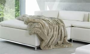 Plaid Canapé Pas Cher : le meilleur plaid en fourrure en 40 photos inspirantes ~ Premium-room.com Idées de Décoration