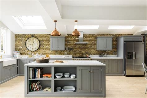 small kitchen cabinets pictures the 25 best brick wall gardens ideas on small 5423