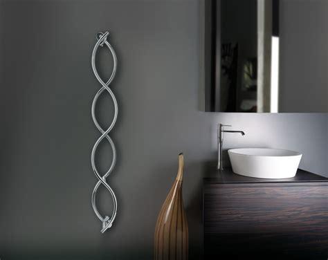 des radiateurs s 232 che serviettes pour d 233 corer sa salle de bains inspiration bain