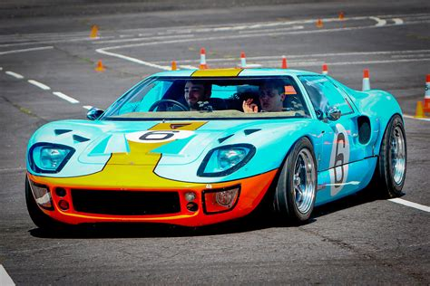 Ford Gt40 Height by Ford Gt40 Driving Experience Explorify