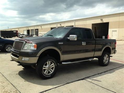 find   ford   xlt extended cab pickup  door