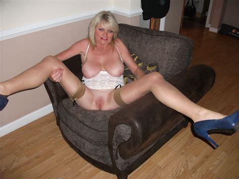 Naughty Mummy Page 1 Sean 064  In Gallery Uk Amateur Slut Milf Samantha 34 Picture 3