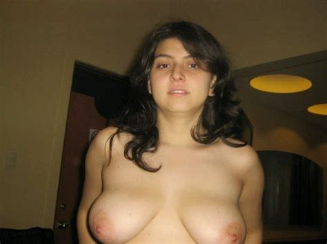 Real Paki Aunty Naked Images