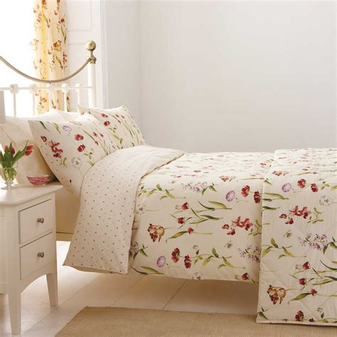 Stunning Bedroom Curtains And Matching Bedding Ideas With