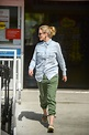 Cameron Diaz — Sporting A Bump & Looking Thrilled ...