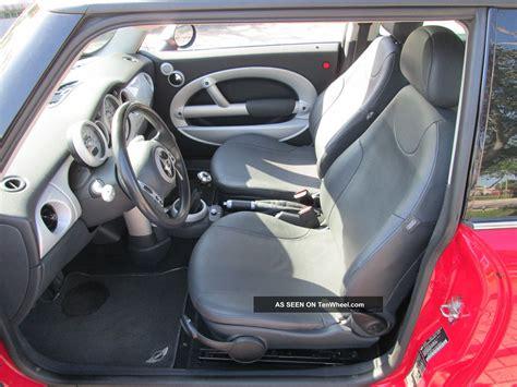 mini cooper hatchback  speed  panoramic roof fla car