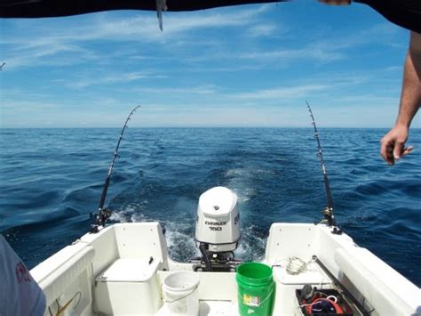 Small Boat Trolling Spread by How To Catch Your 1st Cape Cod Bluefin Tuna